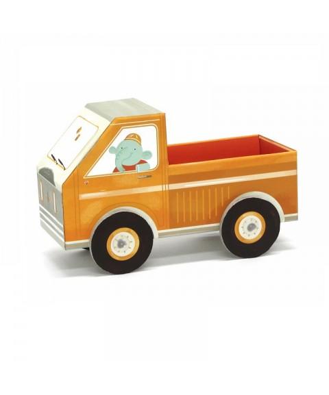 Camión de cartón